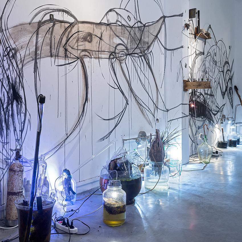 עושים שבת במוזאון – שיח גלריה עם האמן ישראל קבלה